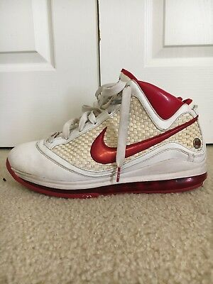 super popular aa6bd f5637 Nike Air Max Lebron 7 VII NFW Size 10.5 White Red