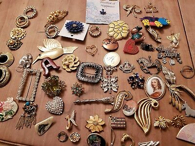 Vintage Retro large lot of brooches rhinestones metal animals flowers scarf pins