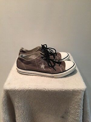 CONVERSE ONE STAR GRAY LOW TOPS WOMEN'S SIZE 6 Fashion Shoes