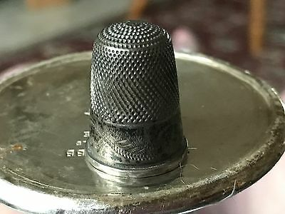 Silver Thimble Nice Patern With Tampered Edge To Rim