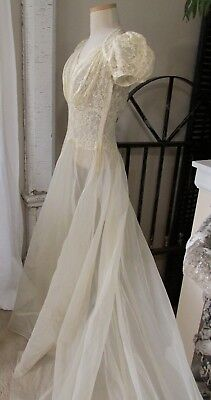 Lovely Vintage 1930's Buttermilk Lace & Organza Cathedral Train Wedding Dress