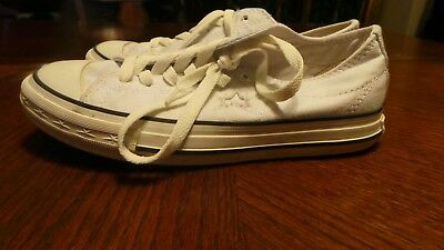 CONVERSE Chuck Taylor Women's Size 6 Sneakers One Star Low White Color