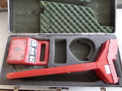 Fisher TW-770 Depth Reading Line Tracer Locator and Transmitter in Case