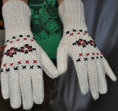 Vintage 70's KNITTED Gloves