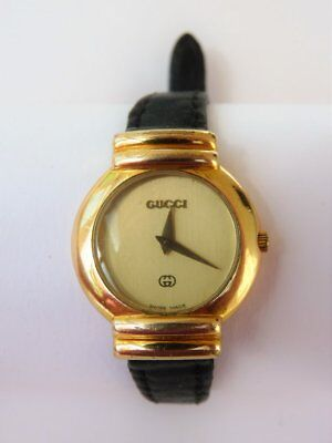 Vintage Ladies Gucci Wrist Watch 5300L Gold Plated Swiss Made New Battery