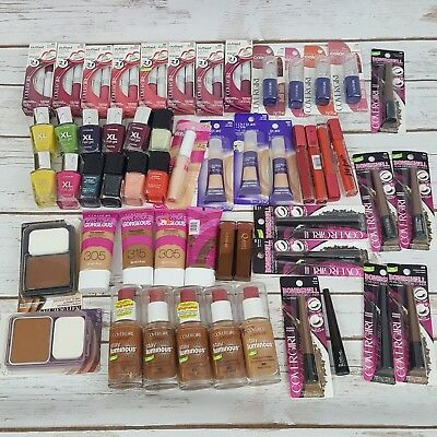 Assorted Covergirl Makeup Lot. 54 Pieces. New.