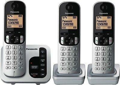 Panasonic Kx-Tgc223Als 3 Handset Cordless Phone & Answering System Eco Dect 6.0
