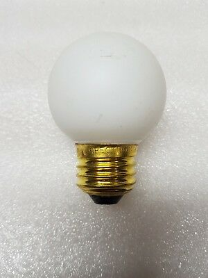 Lot of 8 - 40G16EW-130 - Lamp White MED 40W 130V
