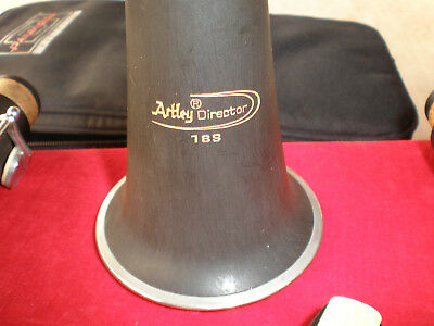 Clarinet Artley Director 18S Excellent working and cosmetic condition soft bag.