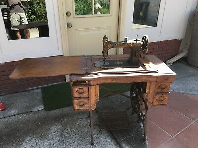 White Rotary Antique Sewing Machine In Original Wooden Case - Pick up Only