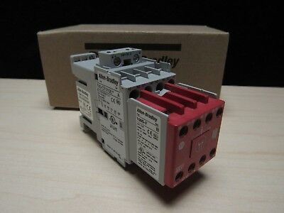 NEW ALLEN-BRADLEY	700S-CF620EJBC SER A Safety Control Relay