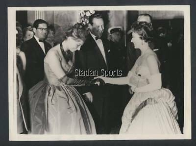 Original Vintage Sophia Loren Princess Margaret Press Photo 1956 Premier The Key