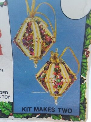 Vintage Holiday Ind. 1982 DIAMOND Christmas Ornament Craft Kit Sequins Beads NOS