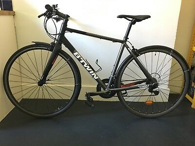 BTWIN TRIBAN 540 Flat bar Size M / Carbon Fork / + brand new parts