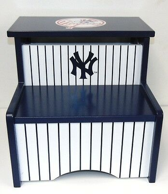 Guidecraft New York Yankees Storage Step Up Step Stool