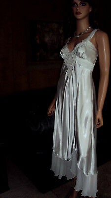 2702795d7 Jonquil In Bloom Bridal White Wet Look Satin   Lace Long Nightgown Size  Large