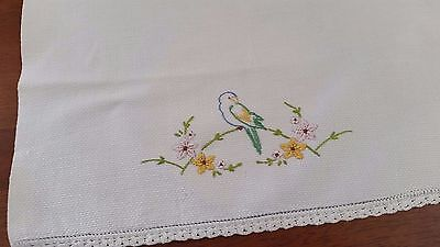 Vintage Mid Century 1960s WHITE Cotton Waffle BIRD FLORAL Embroidery GUEST TOWEL