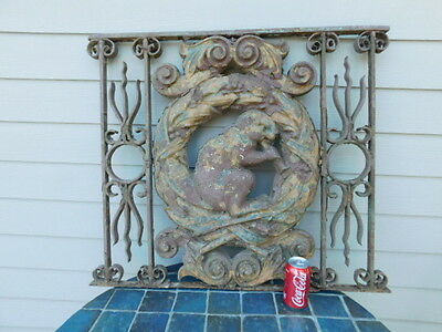 Antique Cast Iron Beaver Metal Hand Wrought Iron Fence Gate Architectural Osu ?