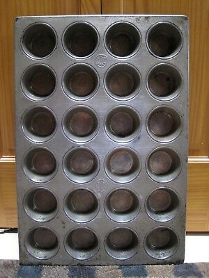 Vintage EKCO Heavy Duty COMMERCIAL 24 Muffin Pan TIN #2443