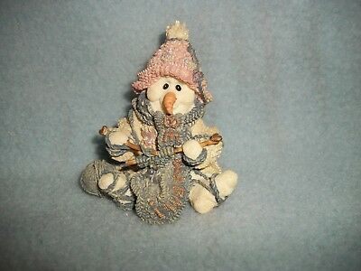 """Boyds Bears & Friends """"PEARL TOO""""..THE KNITTER Pink Wee Folkstones Snow People"""
