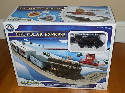 Lionel The Polar Express featuring Santa's Toy Factory Imagineering Train Set