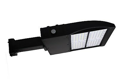 LED 120W Shoebox Fixture. 5000K, Direct Mount DLC