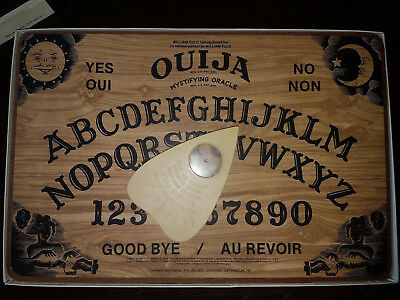 Rare Oujia board Parkers brothers 1972