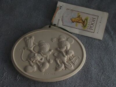 Disney Cookie/butter Mold  Mickey/minnie   New