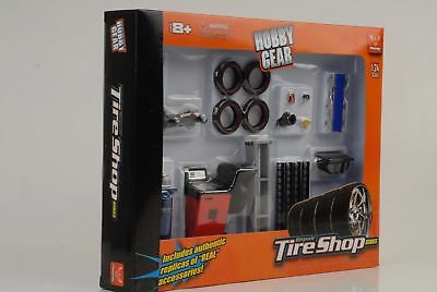 Tire Tyres garage shop set Diorama Equipment Accessorie 1:24 Figurine