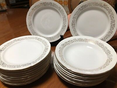 VINTAGE JAPANESE 1950's WHITE PORCELAIN SOUP / PASTA DINNER PLATES by SAL HAM