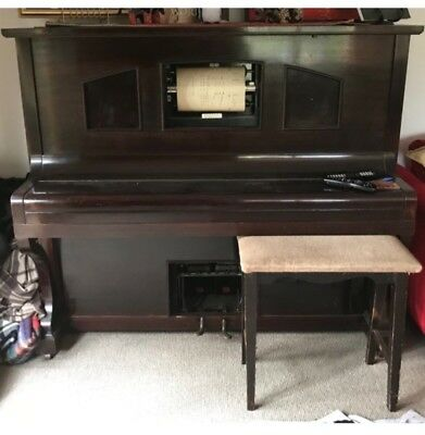piano,great condition,works