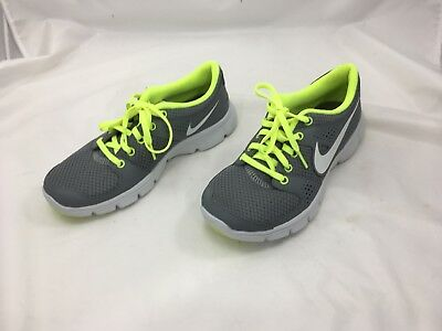 7958c742ce3 Women s NIKE FLEX EXPERIENCE RN5 GREY RUNNING SHOES 844729-003 -SIZE ...