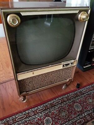 Vintage Zenith High Fidelity TV Black & White