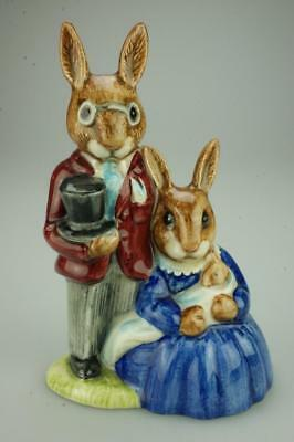 Royal Doulton Bunnykins Family Photograph DB1 Retired Figurine