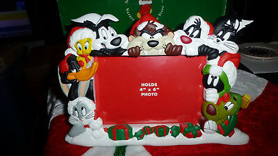 """Warner Looney Tunes Holiday Picture Frame 4x6"""" Bugs Tweety Taz Pepe Marvin Daffy"""