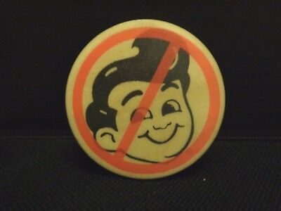 Vintage Anti Frisches  Big Boy Restaurant Button Pinback HTF