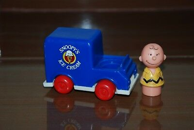 Vintage Toys Charlie Brown Figure And Snoopy Ice Cream Car