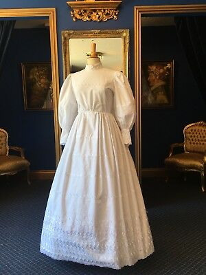 Beautiful Theatrical Victorian Style Day Dress, Great Detailing, Top Item!!.