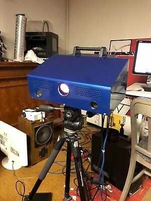 3D scanner -.25 mm resolution with turntable - LMI Technologies HDI Blitz
