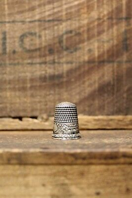 Antique Sterling Silver Scenic Thimble D.C Percival Waite & Thresher Co. c.1880s