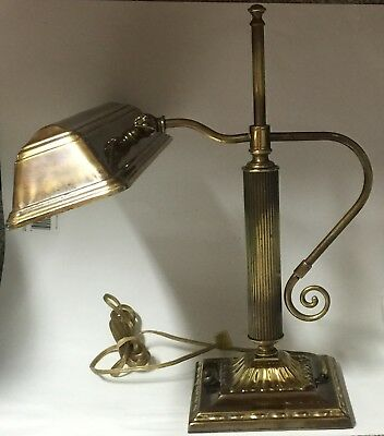 Vintage desk / Table Lamp ,Antique Bronze/Brass Beautiful Designed Pre-Owned