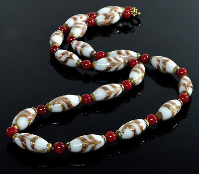 Antique Art Deco Murano Venetian Glass Feather Style Bead Necklace