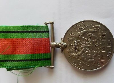 MEDAILLE ANGLAISE - THE DEFENCE MEDAL 39 45 ww2