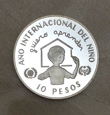 DOMINICAN REPUBLIC 10 PESOS 1982 SILVER PROOF, International Year of the Child