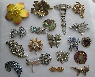 Vintage / Art Deco Jewellery Job Lot 20 Broken Brooches Ideal For Crafting