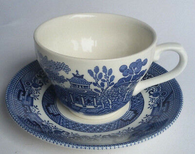 Vintage Retro BLUE WILLOW PATTERN Tea cup and Saucer CHURCHILL DUO