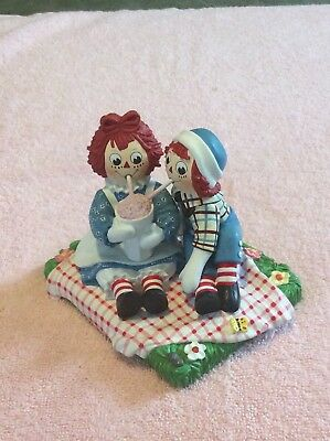 Raggedy Ann & Andy Figurine  Danbury Mint ( Treat For Two) Simon & Schuster 1999