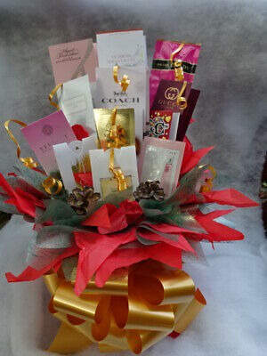 Christmas Red Green Box Set Perfume Flower Bouquet Samples Ribbon Bow Gift Cones