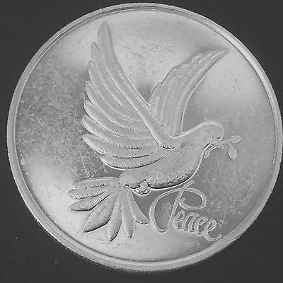 1997 Peace 1 Troy oz .999 Fine Silver Art Round Q1