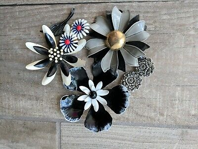 Vintage FLOWER Power Enamel Brooches Pins Earrings Black White Grey Blue Red